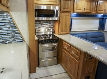 toy hauler fifth wheel oven