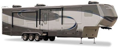 luxe luxury 5th wheel exterior