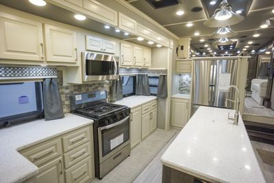luxury fifth wheel front living kitchen