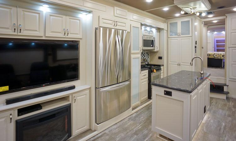 luxe elite luxury fifth wheel kitchen