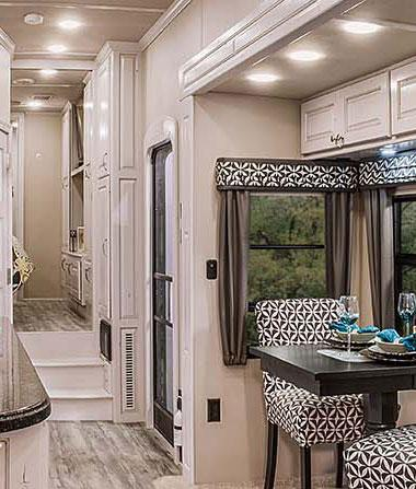 luxury fifth wheel interior dinette