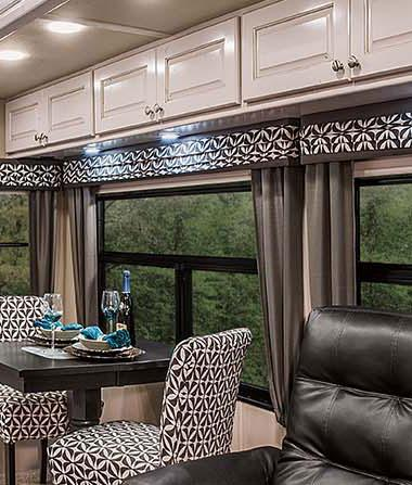 luxury fifth wheel interior dinning