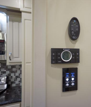 luxe luxury fifth wheel control panel