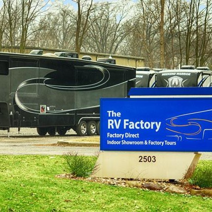 About Luxury Fifth Wheel Manufacturers