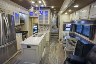 Luxe Elite 42MD luxury fifth wheel kitchen dinette