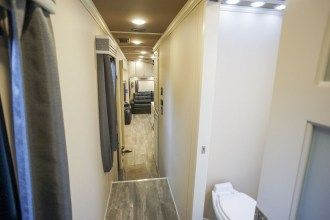 Luxe Elite 42MD luxury fifth wheel hall