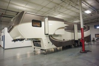 luxury fifth wheel exterior