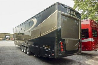 front living luxury fifth wheel exterior rear