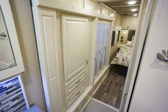 luxury fifth wheel wardrobe