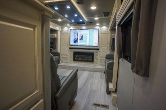 front living luxury fifth wheel floor plan